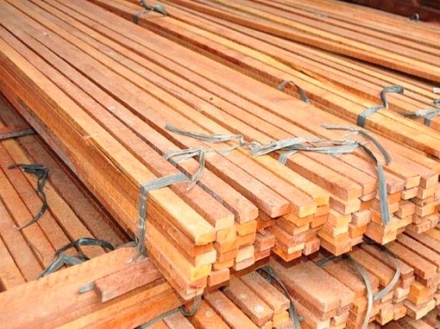 Ripas de madeira